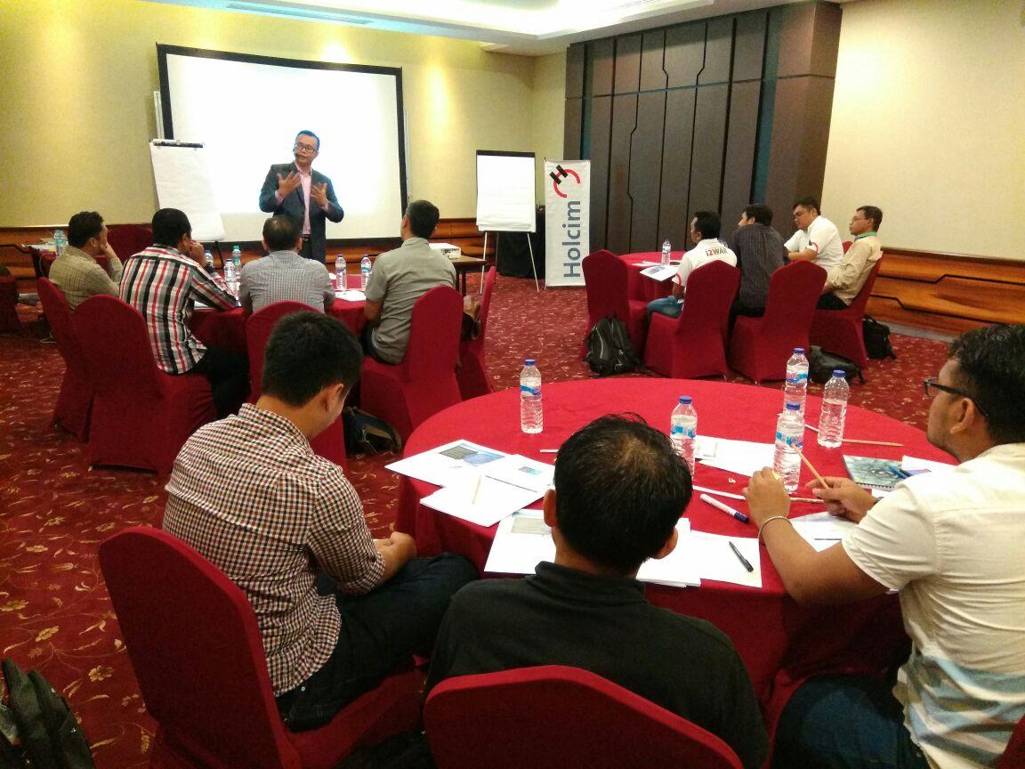 Negotiating Customer Value (NCV) Associated with Imparta Holcim Surabaya at 1.48.45 PM (2)